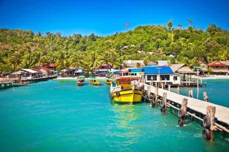 cambodia-island-hopping-koh-rong-boats