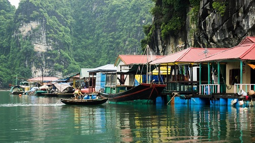 cua-van-fishing-village-1