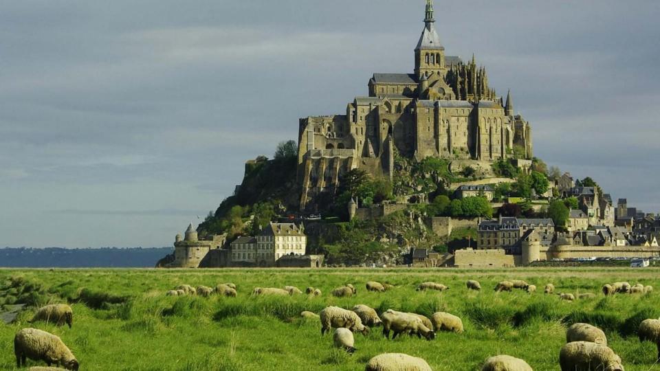 mont-saint-michel-du-lich-phap-tangka-5-960x540